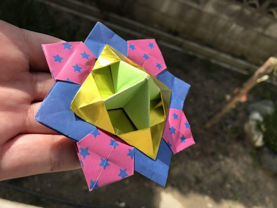 折り紙で作った「こま」